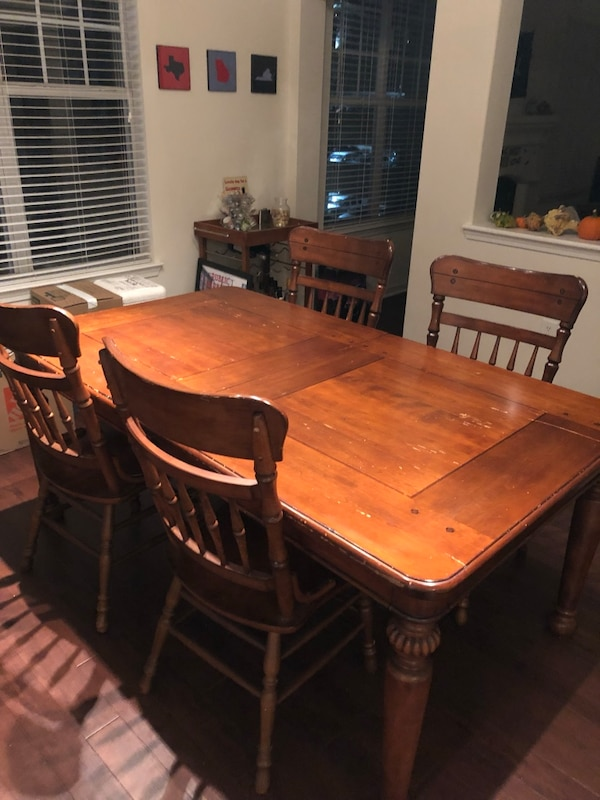 Large Dining Room Table 4 Chairs Usado En Venta Atlanta