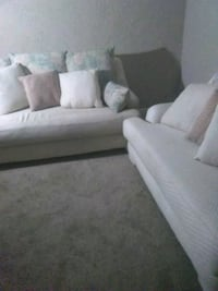Couch and loveseat Indianapolis, 46218