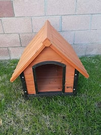 brown and black pet house