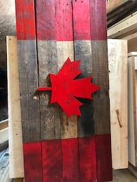 Rustic wood Canadian Flag / Sign Mississauga, L5G 4L2