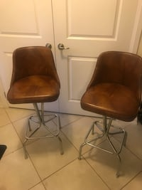 Retro breakfast bar stools x 2 ($99 for both) 527 km