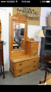 Unique Design Antique Dresser $245 Pickering, L1V 1S4