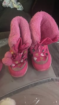 pair of pink-and-white winter boots Toronto, M3J 1P5