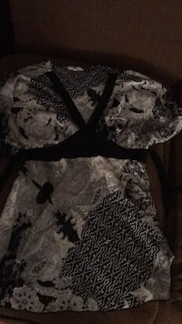 gray and black floral long-sleeved dress Damascus, 20872