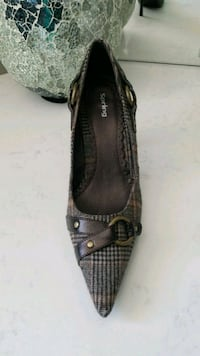 Brown Heels size 8 Mississauga, L5E 2E9