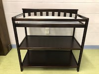 Solid wood changing table  Alexandria, 22310