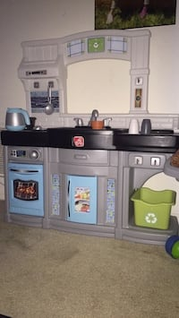 Great Christmas gift for kids! Pretend kitchen! 24 km