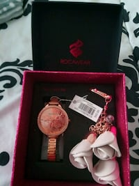 Rose Gold ROCAWEAR watch set with purse charm Colorado Springs
