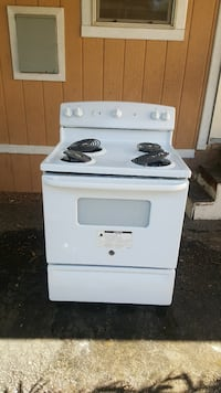 white whirlpool electric  stove