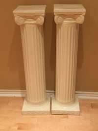 Two white ceramic candle holders Ajax, L1S 6X6