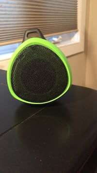 green and black bluetooth speaker Guelph, N1E
