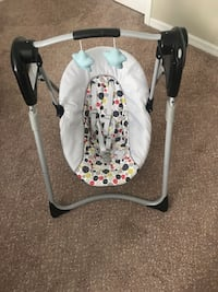 GRACO Slim Spaces Compact Baby Swing Kissimmee, 34759