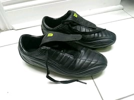 Soccer shoes Never used