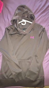 black and pink Nike crew-neck shirt Woodstock, N4S