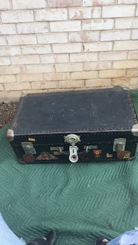 Antique Steamer Trunk Austin, 78757