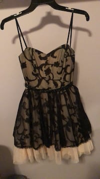 Beautiful strapless dress St Albert, T8N 0R5