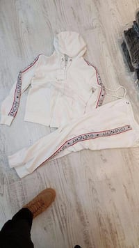 jean en denim blanc et rouge Grenoble, 38000