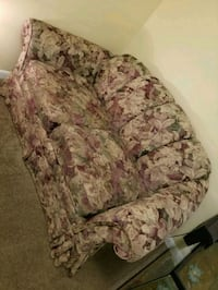 Couch Stafford, 22554