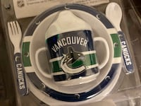 BRAND NEW VANCOUVER CANUCKS 5 - PIECE FOOD SET.  PLATE, BOWL, SIPPY CUP, FORK & SPOON. Durable melamine and dishwasher safe!