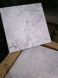 Beautiful tile with 2 new bags of white mortar. All brand new in box. Nashville
