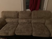 Used couch $50 Montréal, H3S 2T3