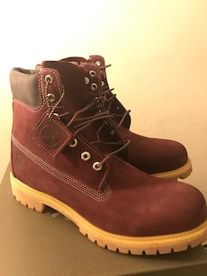 brown Timberland nubuck leather work boots in box