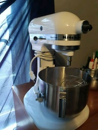 Kitchen aid heavy duty great condition ! Vancouver, V5R 2A2