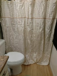 Cloth shower curtain w\matching hooks Sutherlin, 97479