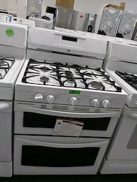 New kenmore gas stove five burners