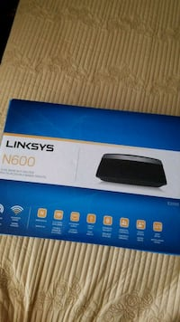 white and black Linksys wireless router box Burnaby, V0N