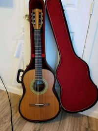 Gibson classical guitar with case Humble, 77338