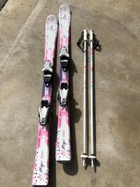 pair of white-pink-and-purple snow skis Coquitlam, V3C 5T5
