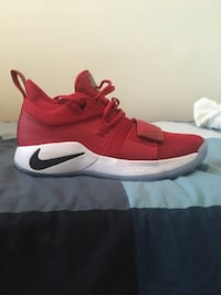 PG 2.5   10/10 condition   size 11 Vancouver, V6P