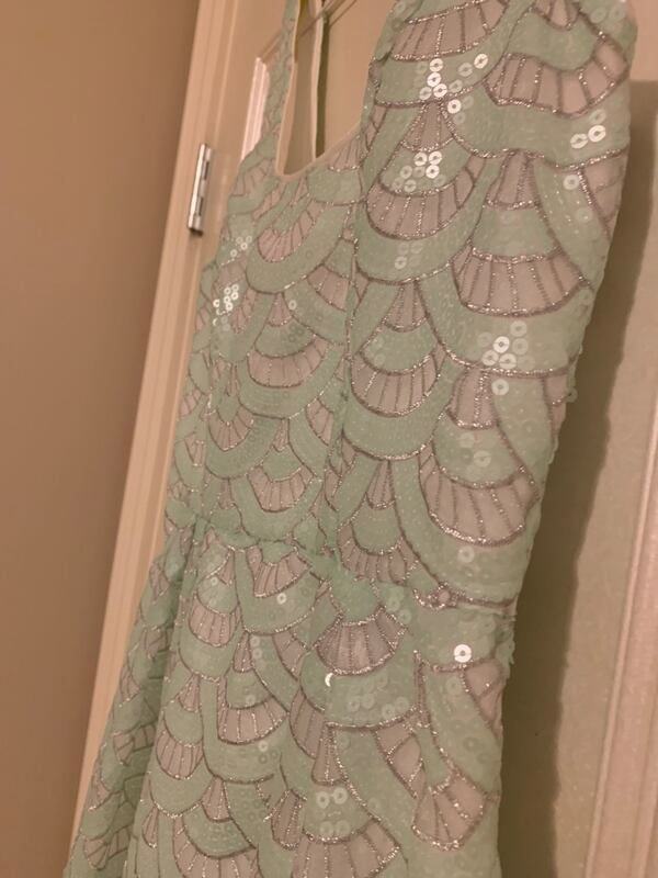 BEBE SEQUIN COCKTAIL DRESS- Size Small (worn once) e809049c-ad6c-4e17-bb61-72c932c13383
