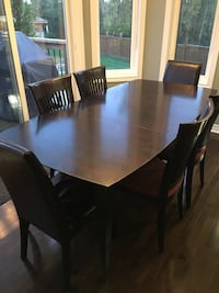 Dinec Dining Table Richmond Hill, L4E 0C3