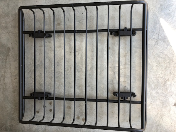 Yakima skyline towers, 50in core bars and load warrior basket. 3b6a6188-eb44-4c10-a884-883ceb54cfa8