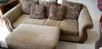 Couch and loveseat set Wichita, 67226