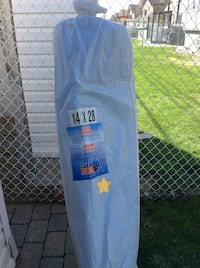 Pool solar cover.....14 X 28  brand new still in the bag Montréal, H1E 7C4