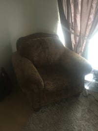 Large nice comfy chair. $100 Calgary, T2C 1Z2
