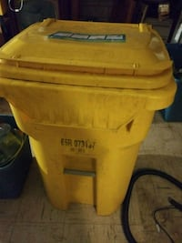 Contractor trash can Columbia, 21046