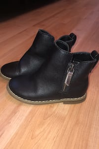Baby Gap Faux Leather Boots - Size 8