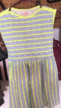6x girls dress never worn  Cottage Grove, 55016
