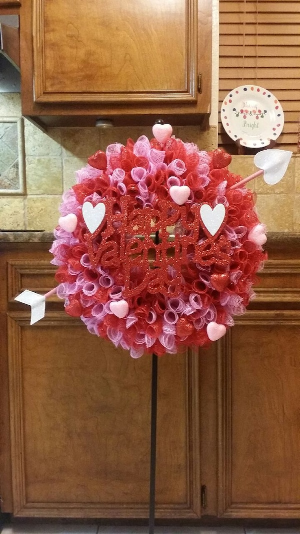 Valentines day wreath. Would make a great gift.