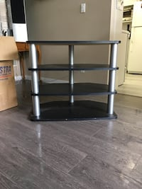Black and grey corner table Richmond, V6X 1X4