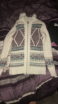 knitted cardigan - Hollister Cambridge, N3H 2S4