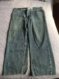 Men's lee jeans  Bedford, B4A 4K9