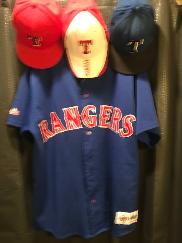 brand new 5b02a fb3c8 Vintage Texas Rangers jersey & hat