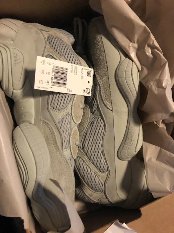 5e90339ef Used Yeezy 500 for sale in New York - letgo