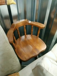 brown wooden windsor chair with brown cushion Concord, 28025