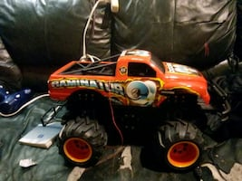 1/10scale/ SECTOR 7 RAMINAOR RC MONSTER TRUCK/ AS IS